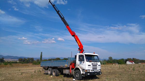 волво камион с висока стрела за трудно достъпни места