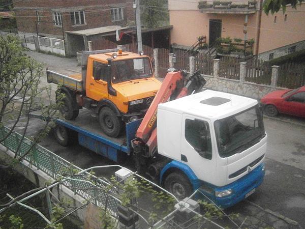 маневрен камион рено за градски условия