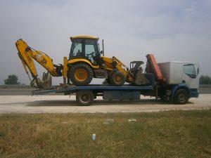 камион с кран, камион с трактор